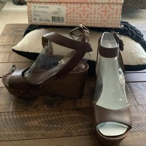 Gianni Bini (GB) Brown Wedges 🤎